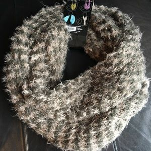 Nicole Green and Beige Infinity Scarf